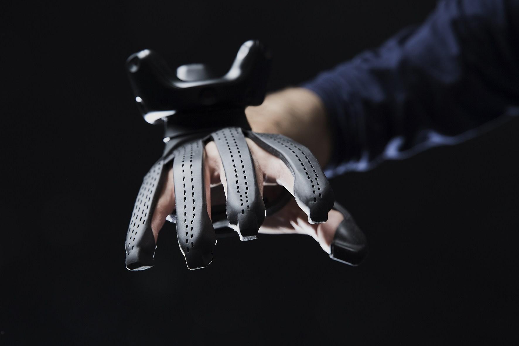 Hamarosan megvásárolható lesz a Plexus érintés visszajelző VR kesztyűjének fejlesztői változata
